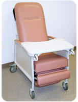 Recliner lift chairs improve mobility safety and comfort for Comfortable chairs for seniors